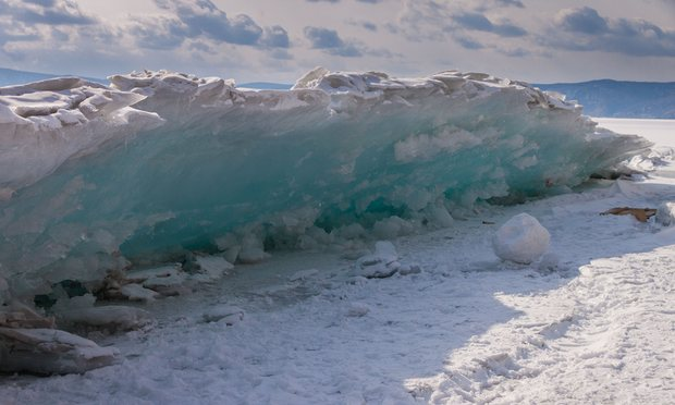 Frozen #lakes end the winter with an &#39;ice #tsunami&#39;. Via @guardianscience  http:// egu.eu/4CPT12  &nbsp;  <br>http://pic.twitter.com/xzOEV1Hz9S