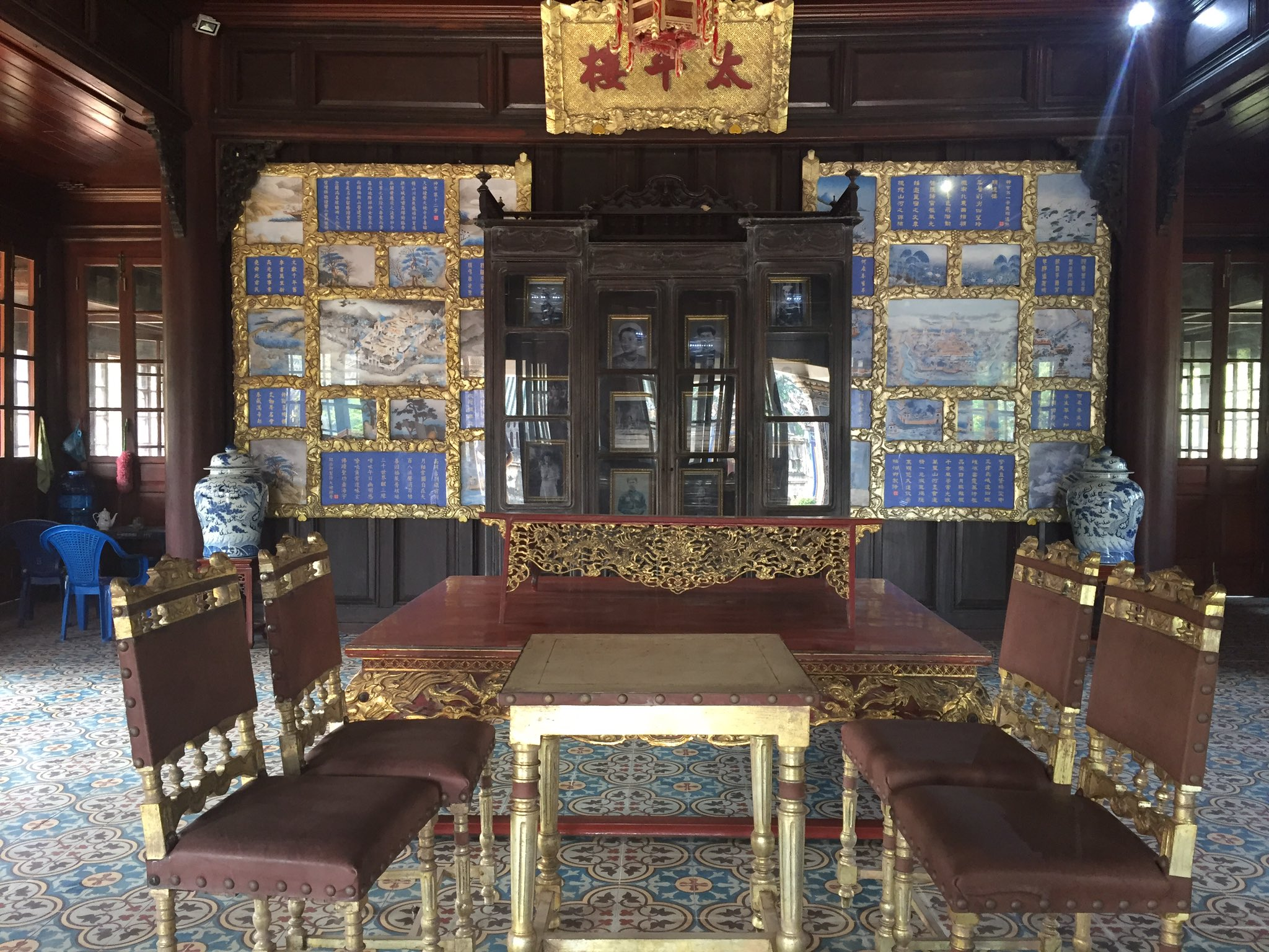 Thai Binh Ngu Lam Thu Lau = Royal Reading Pavilion of Extreme Peace #ReadingRooms #Libraries https://t.co/Hb3U9WNKPv