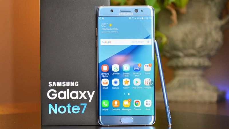 Galaxy Note 7 : Samsung dément l'arrivée de modèles reconditionnés #GalaxyNote7 #Samsung #android &gt;  http://www. phonandroid.com/galaxy-note-7- samsung-dement-arrivee-modeles-reconditionnes.html &nbsp; … <br>http://pic.twitter.com/xyGPp5Gqg3