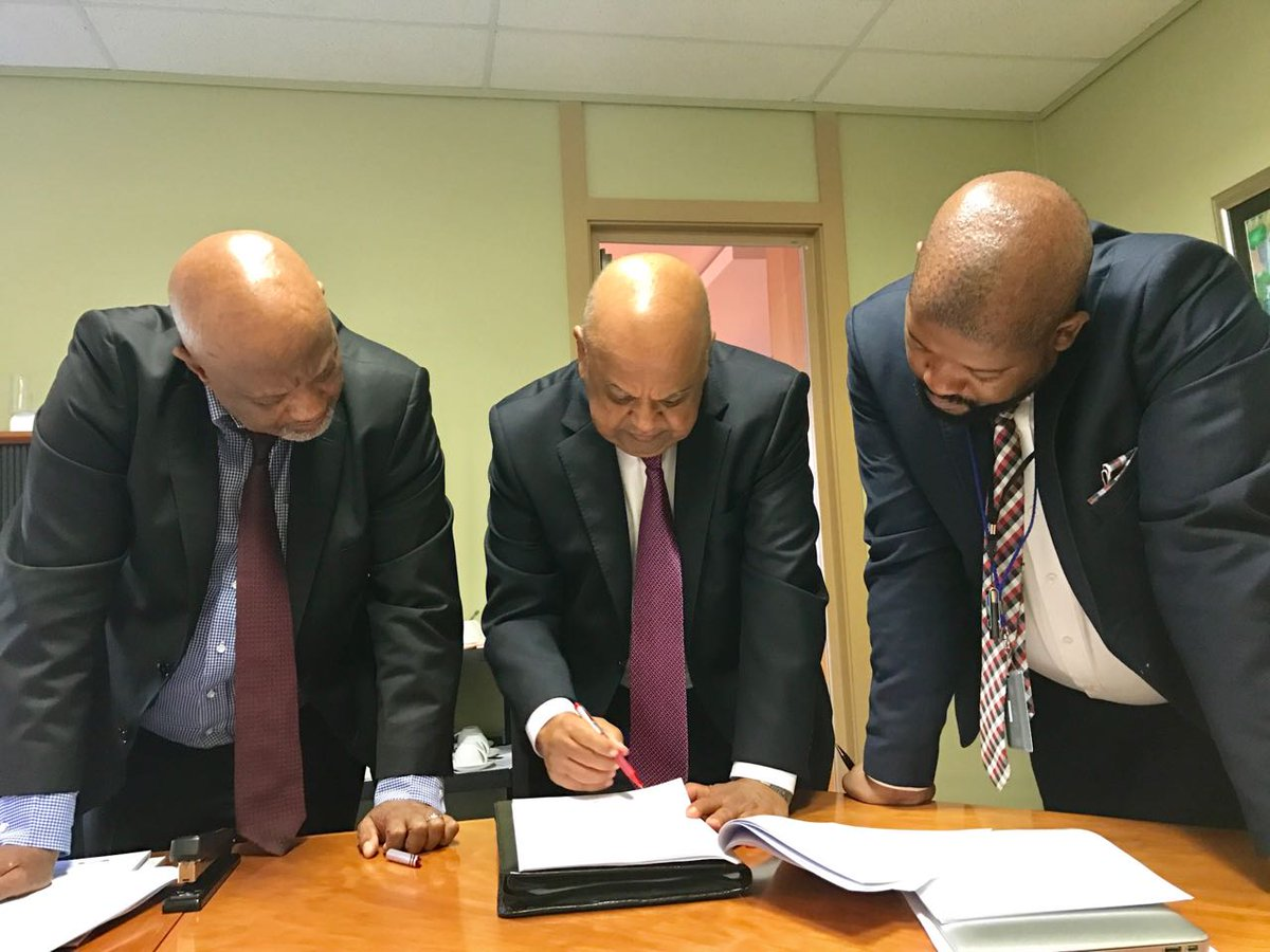 Minister Pravin Gordhan makes final touches to his budget speech #Budg...
