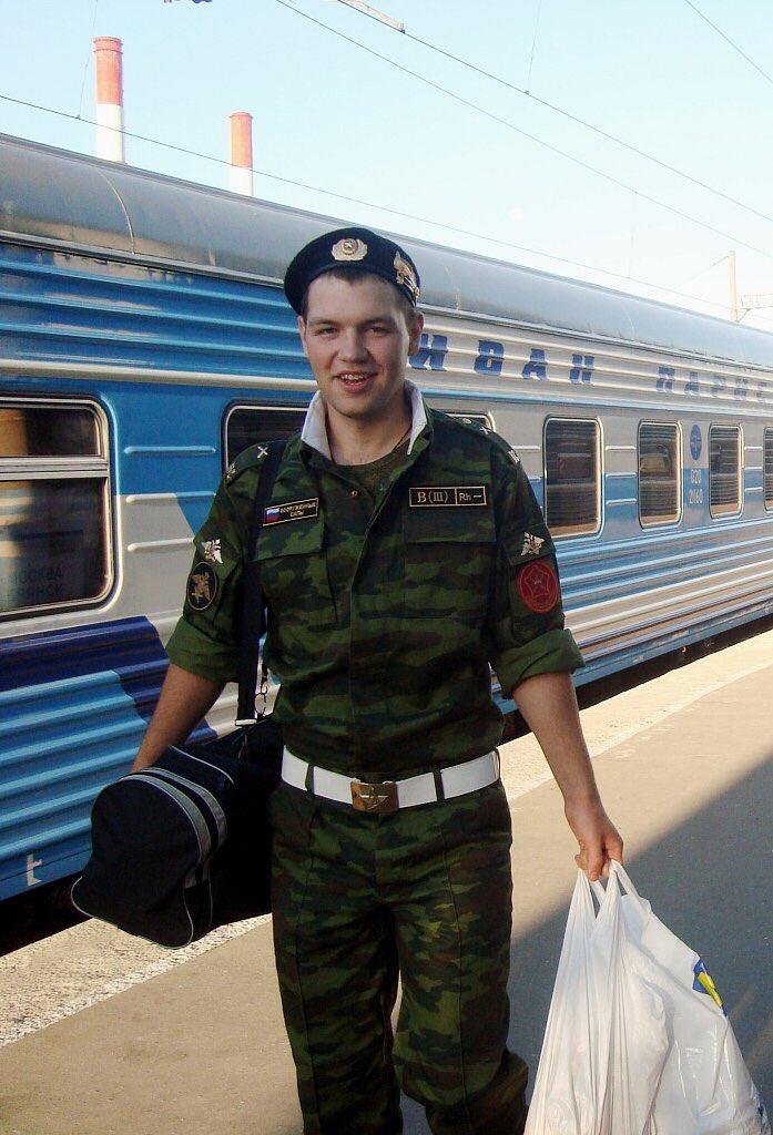 простым поезд в армию картинки замке обороняться нападений