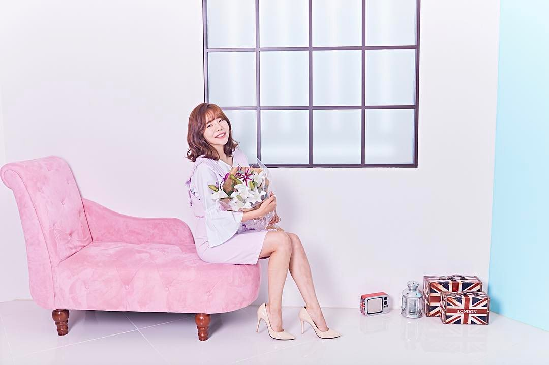 #Sunny (#SNSD) dévoile d&#39;étranges photos #spoilers  http://www. nautiljon.com/breves/sunny+( snsd)+d%C3%A9voile+d-%C3%A9tranges+photos+spoilers,5091.html &nbsp; …  @SMTOWNGLOBAL @GirlsGeneration  #KPop #Shooting #Solo<br>http://pic.twitter.com/Gb1ddIXIis