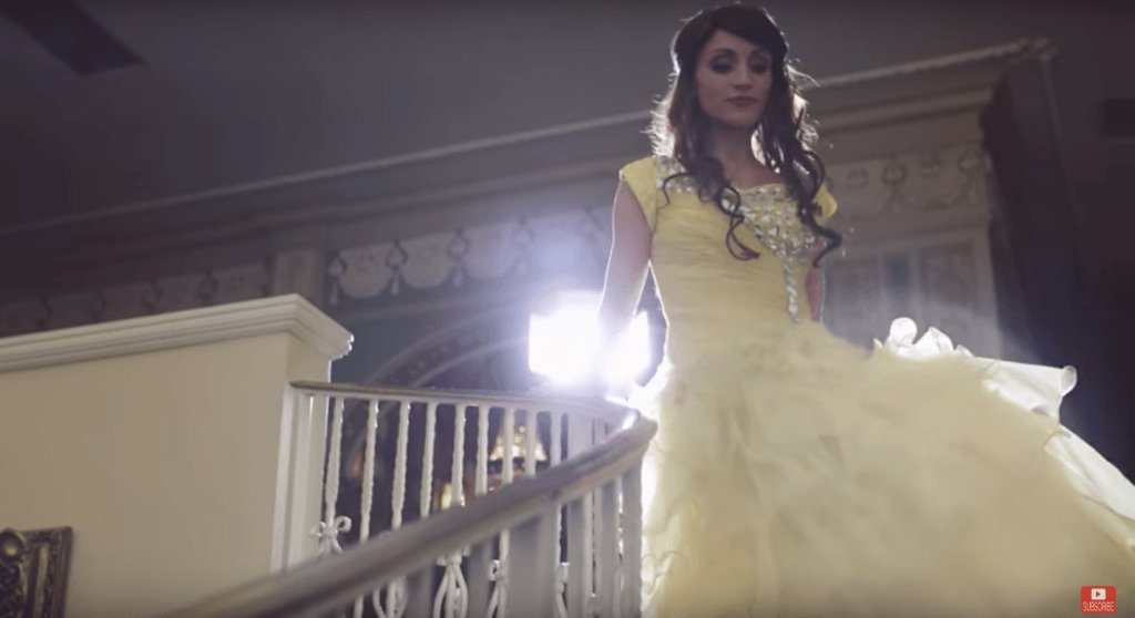4-year-old dresses up as a princess, sings a stunning cover of Beauty and the Beastclassic