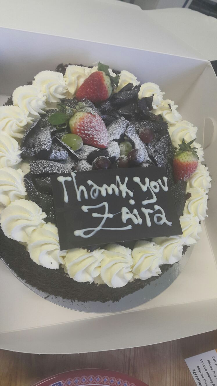 One of our lovely clients just brought in a thank you cake for us to sell at #GreatLegalBake  Thank you we are very grateful https://t.co/QTPj1f9UlC