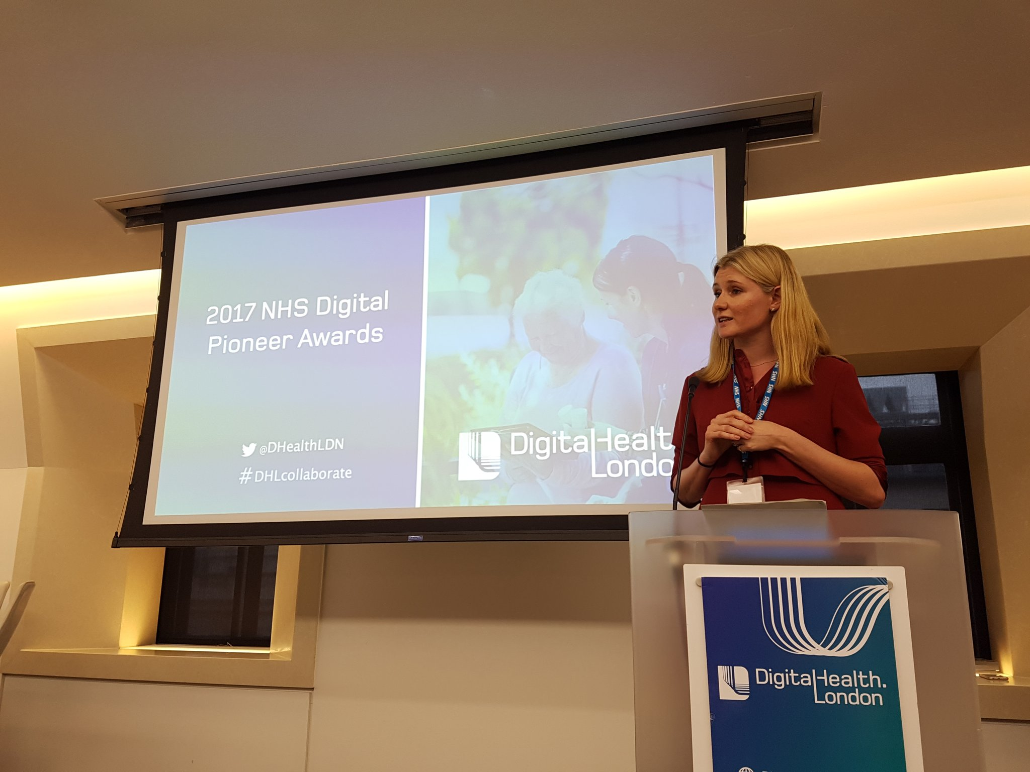 Time for the 2017 NHS Digital Pioneer Award - Juliet Bauer from NHS England #DHLcollaborate https://t.co/o1dRJbfyRL