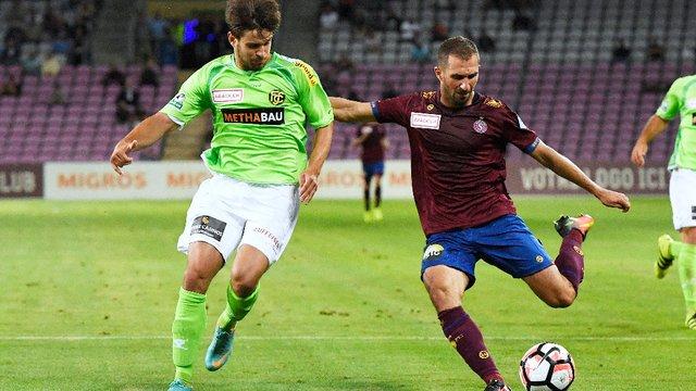 Football: Victoire du Servette FC sur le score de 3-2 face au FC Schaffhouse! - News #Sports: Servette FC     http:// bit.ly/2lnWeCA  &nbsp;  <br>http://pic.twitter.com/fj7SZv6oTQ