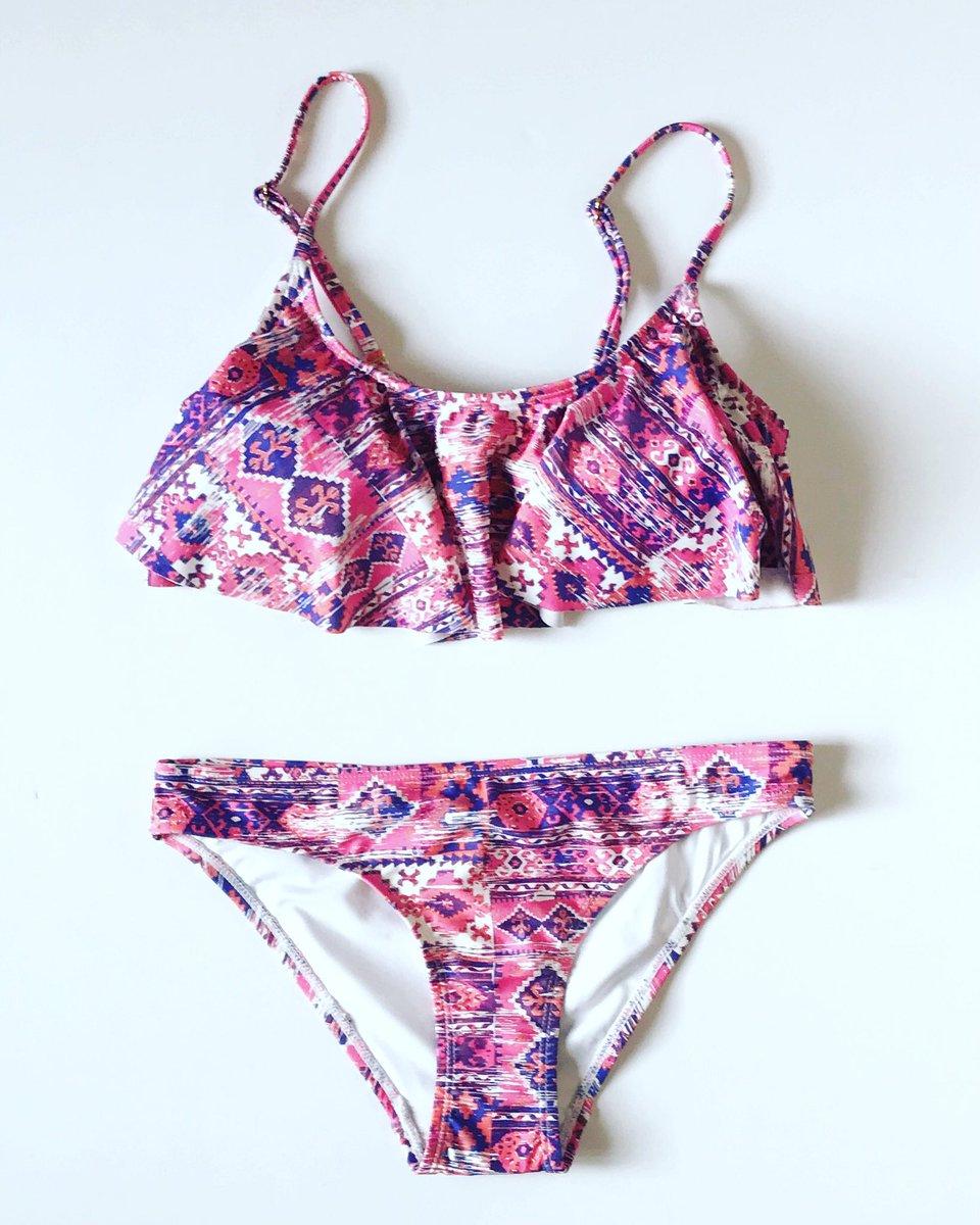 1f4ccc21066 Now on SALE! http   www.prettymeswimwear.com swimwear tops pretty-me-pm55a-erato-top-pink-aztec 46558   …pic.twitter.com YhARhbeQ3f