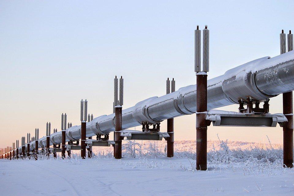 Fuite de #pipeline :  Nettoyage en cours d'une fuite de pétrole près d&#39;Edmonton  http:// ecoquebecinfo.com/fuite-de-200-0 00-litres-de-petrole-dun-pipeline-denbridge/ &nbsp; …  #ÉnergieEst #PolQc #AssNat<br>http://pic.twitter.com/wRI81MUNTF