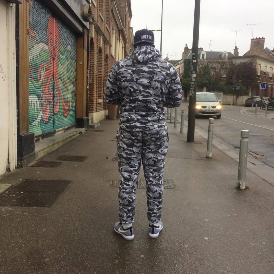 * Camouflage Numérique Déverrouillé * #OOTD #Amiens<br>http://pic.twitter.com/Of7xmm74zY
