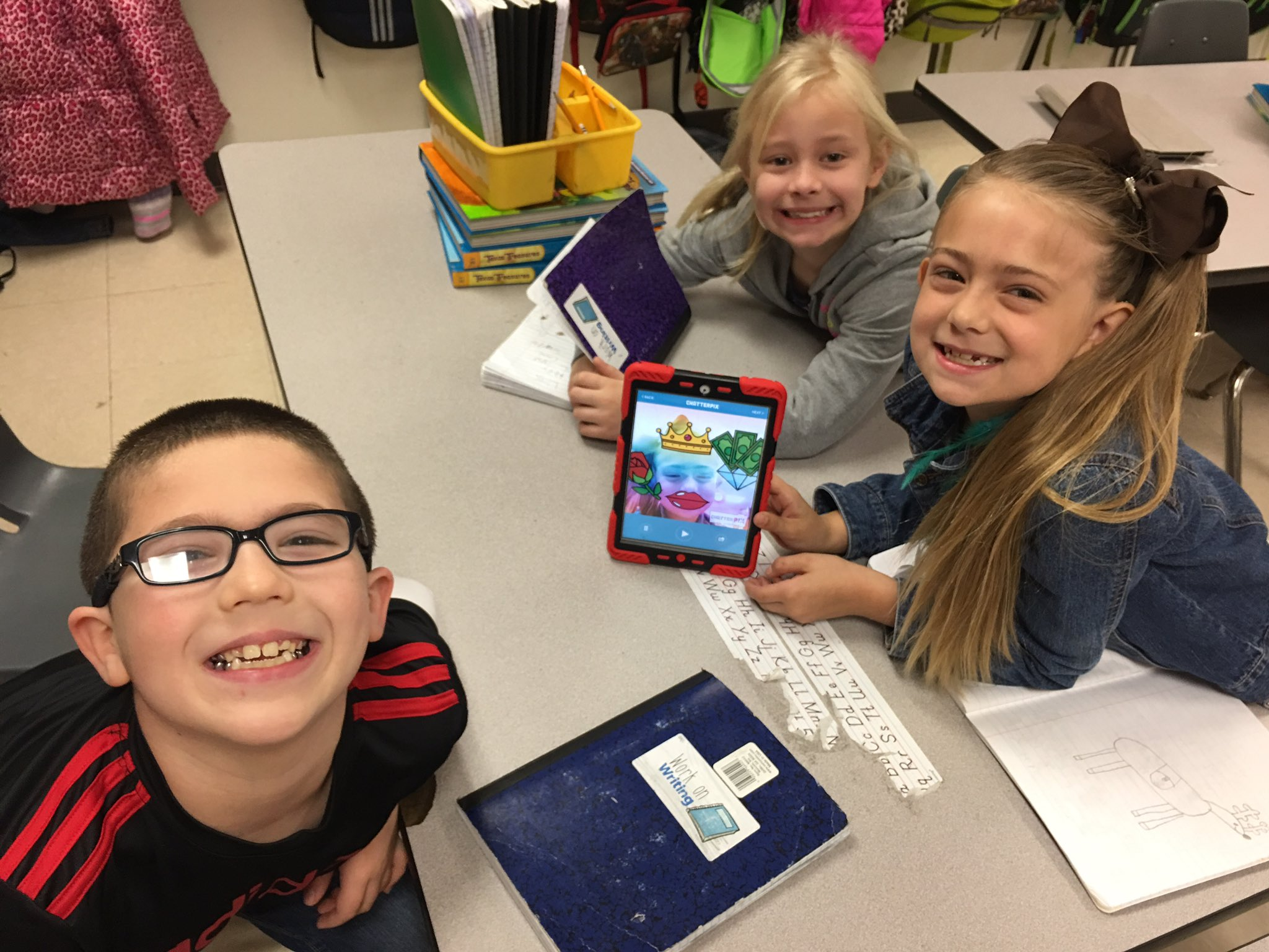 🌈📝Publishing favorite writing piece with #chatterpix #mabanklearns #cekidsmatter https://t.co/6fHEUTMfaB
