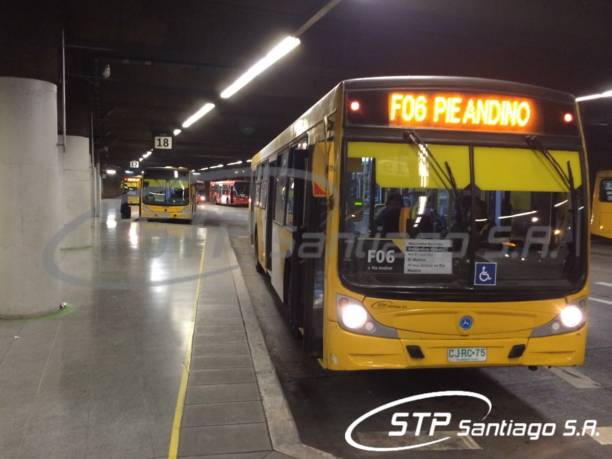 F06 Metro #LaCisterna - Pie Andino es uno de nuestros servicios 24 hrs. Pasa por comunas de #ElBosque y #LaPintana<br>http://pic.twitter.com/zhe7eArQtc