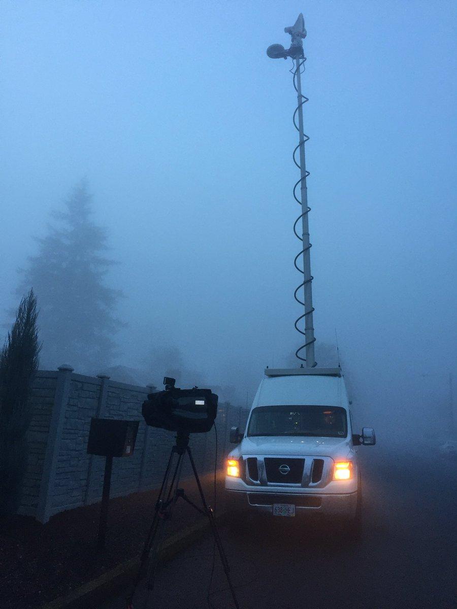 Dense #fog in #VanWa this morning! #kgwweather <br>http://pic.twitter.com/SR1IdooSGG