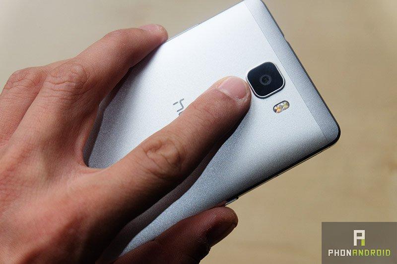 Les smartphones à scanner d&#39;empreinte digitale sous l&#39;écran feront leurs débuts cette année &gt;  http://www. phonandroid.com/smartphones-sc anner-empreinte-digitale-sous-ecran-feront-debuts.html &nbsp; …  #sécurité #smartphones <br>http://pic.twitter.com/l8IccNn1YI