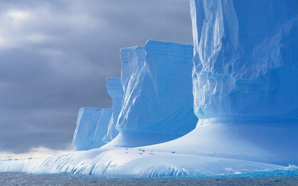 Aujourd&#39;hui.... Je suis en #Antarctique...       #Banquise #Glacier #Paysage  #LandScape #Continent #Austral<br>http://pic.twitter.com/0sbOppsoSJ