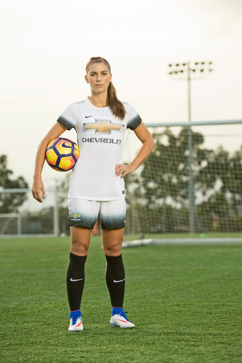 Photos of Alex from Chevrolet. She&#39;s been announced as their youth sport ambassador. #AlexMorgan #USWNT #OrlandoPride #OLFeminin #Chevrolet<br>http://pic.twitter.com/FuX4xf7Ff0
