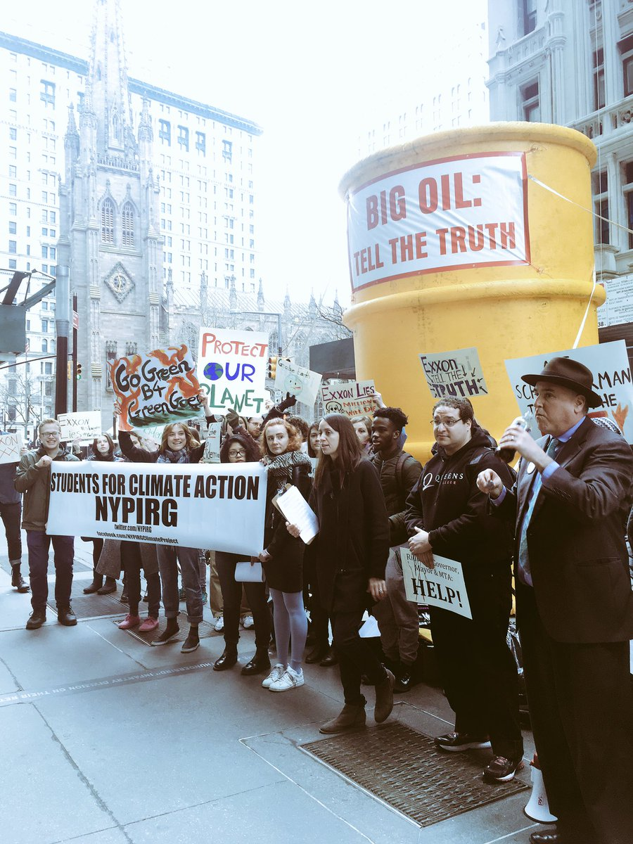 .@AGSchneiderman&#39;s investigation is exactly what we need, both for the sake of our democracy &amp; for a livable planet. #ExxonKnew <br>http://pic.twitter.com/GVAaVZqWbc