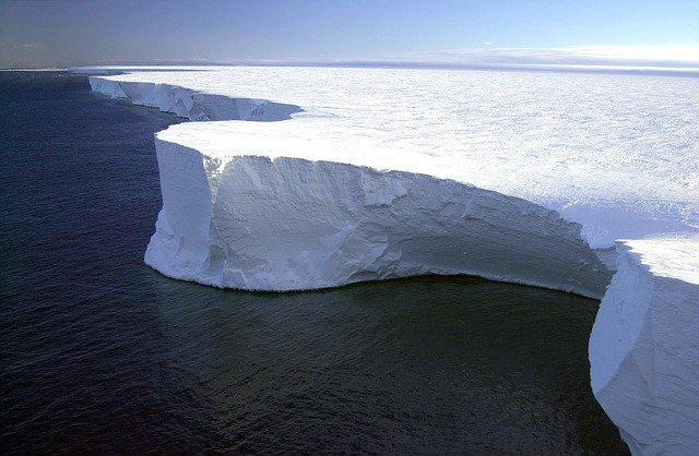 L&#39;#Antarctique... C&#39;est vraiment des #paysages superbes...  #LandScape #Banquise #Glacier #Travel #Voyage<br>http://pic.twitter.com/fFZIVNepkh