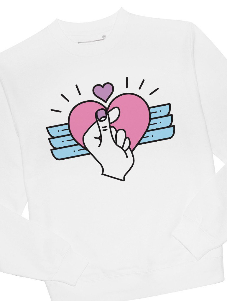 The finger heart, a simple way to tell someone you love them.