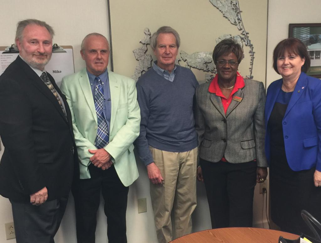 TY @RepWalterJones for your concern about health care affordability &amp; for working to keep #Medicare strong. #ProtectMedicare @AARPAdvocates<br>http://pic.twitter.com/U0PdQBA6fY