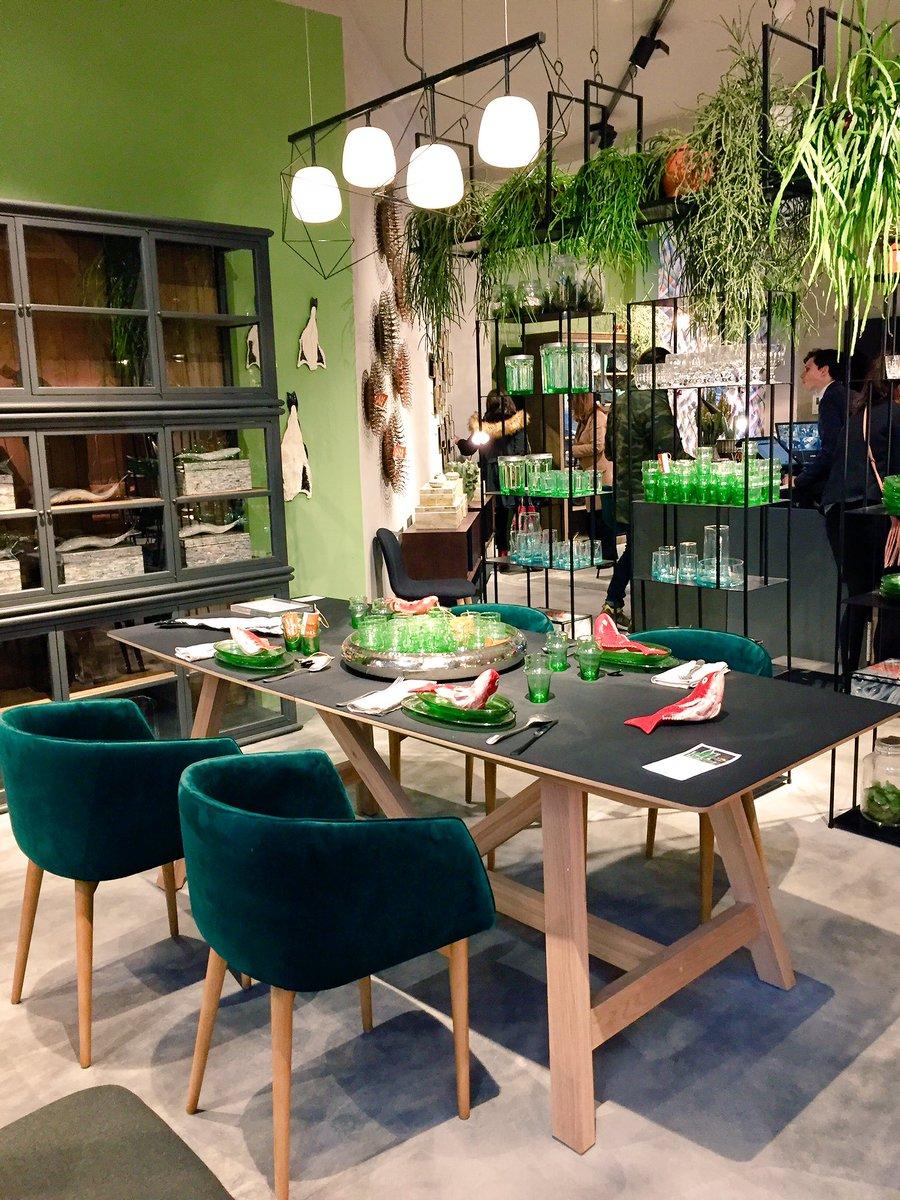 """véronique lorelle on twitter: """"impressionnant le nouveau magasin"""