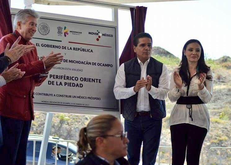 Develación de la Placa Inaugural del Anillo Periférico Oriente de #LaP...