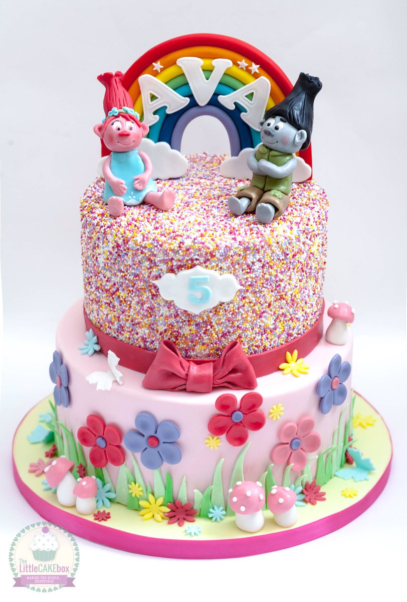 The Little Cake Box On Twitter A Trolls Birthday With Rainbow Coloured Sponge Layers Inside Sprinkles Trollscake Cakedesign
