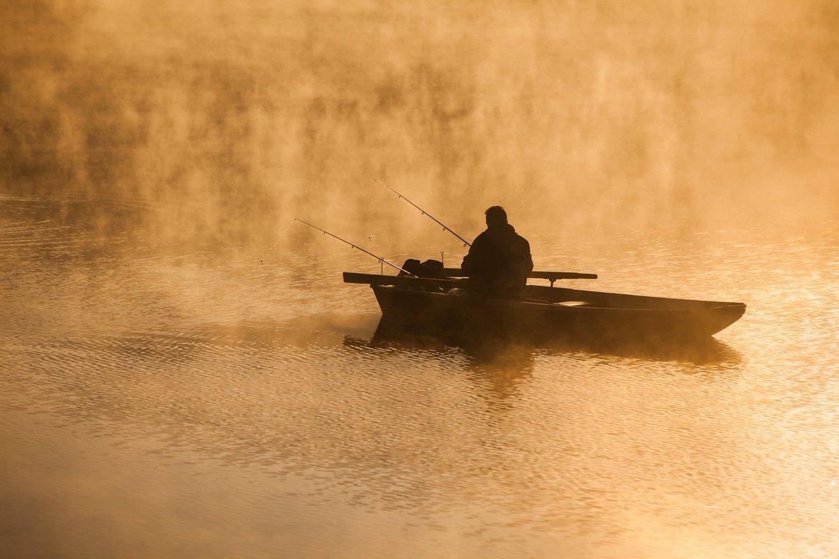 Belle saison quand arrives-tu? #fishing #fish #fisher #passion #catfish #silure #carp #carpy #glanemonster #saison #season #pêche #pêcheur<br>http://pic.twitter.com/nSbEVOlwAW