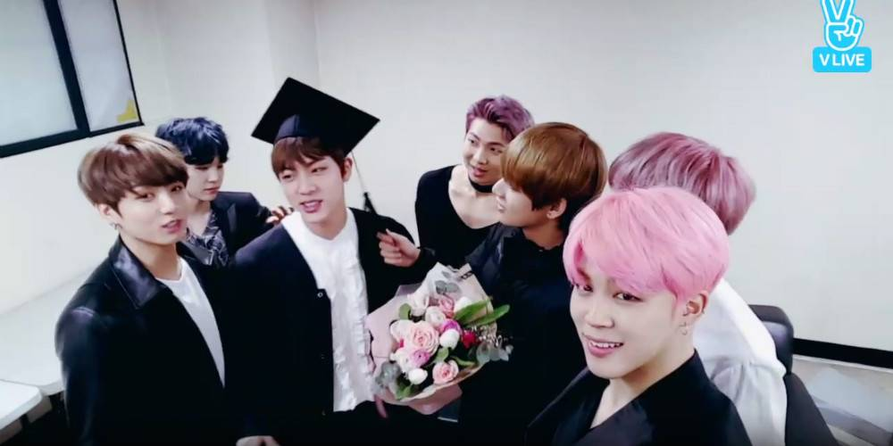 #BTS hold a graduation ceremony for Jin!