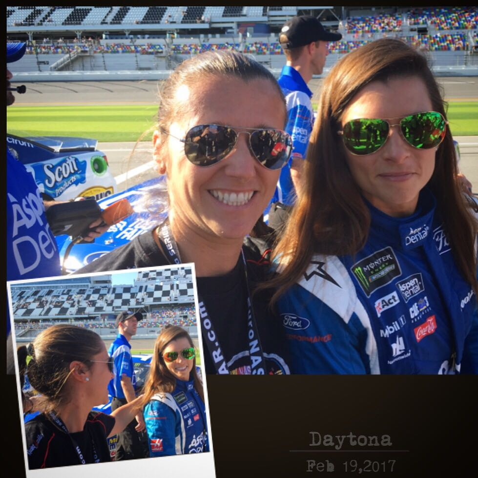#NASCAR happy ladies! Me and @DanicaPatrick , when @EuroNASCAR meets @NASCAR at @DISupdates! @Freem_Racing @jeromegalpin @circuitijewels <br>http://pic.twitter.com/iSQ0R011nL