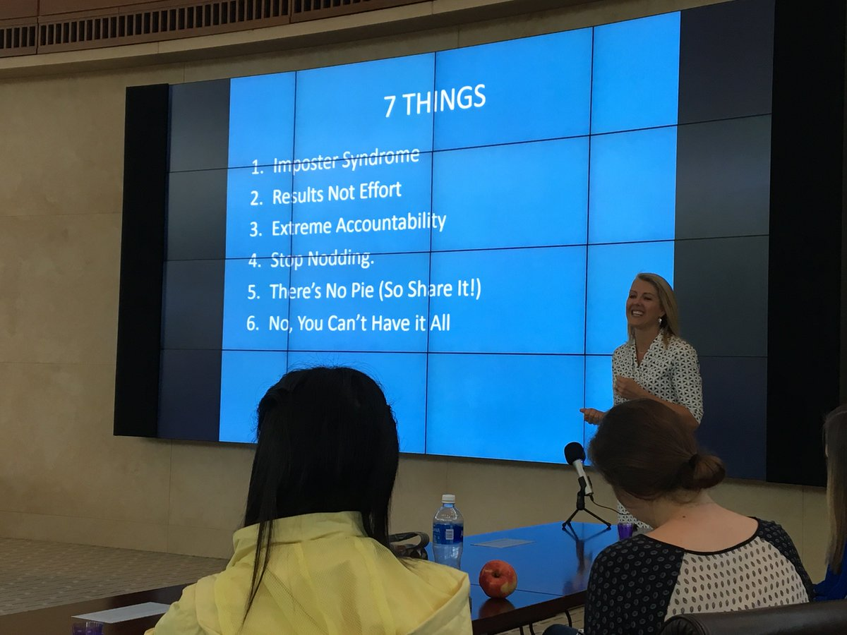 """Elizabeth Lucas-Averett shares """"7 things no one will tell you about being a woman in business"""" with @wakeforestbiz students."""