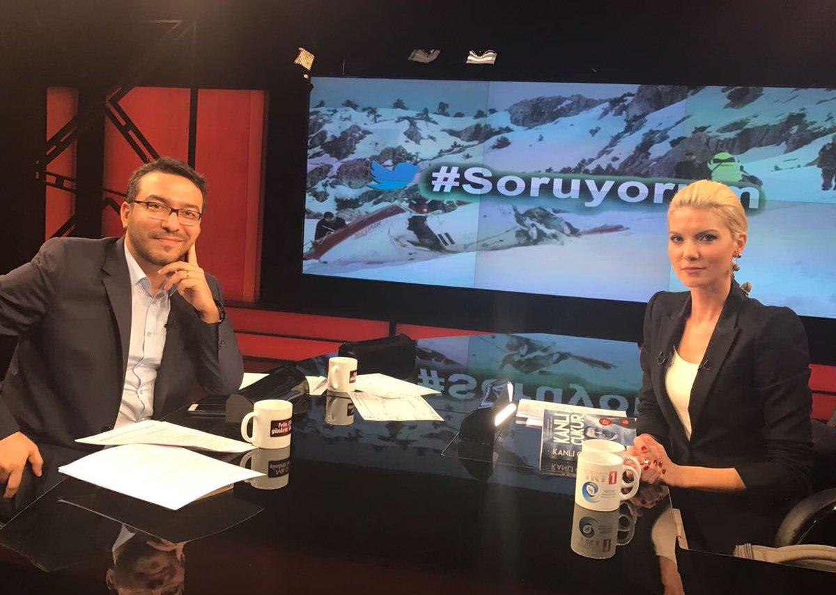 Gündem Ötesi, TRT1 ekranlarında başladı! #Soruyorum https://t.co/sla4A...