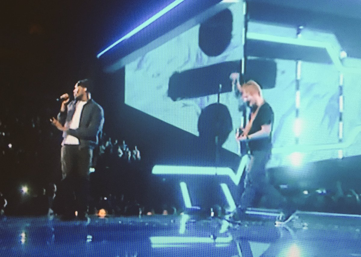 Stormzy joins Ed on stage and its EPIC! Yes! #BRITs2017 @edsheeran @Stormzy1