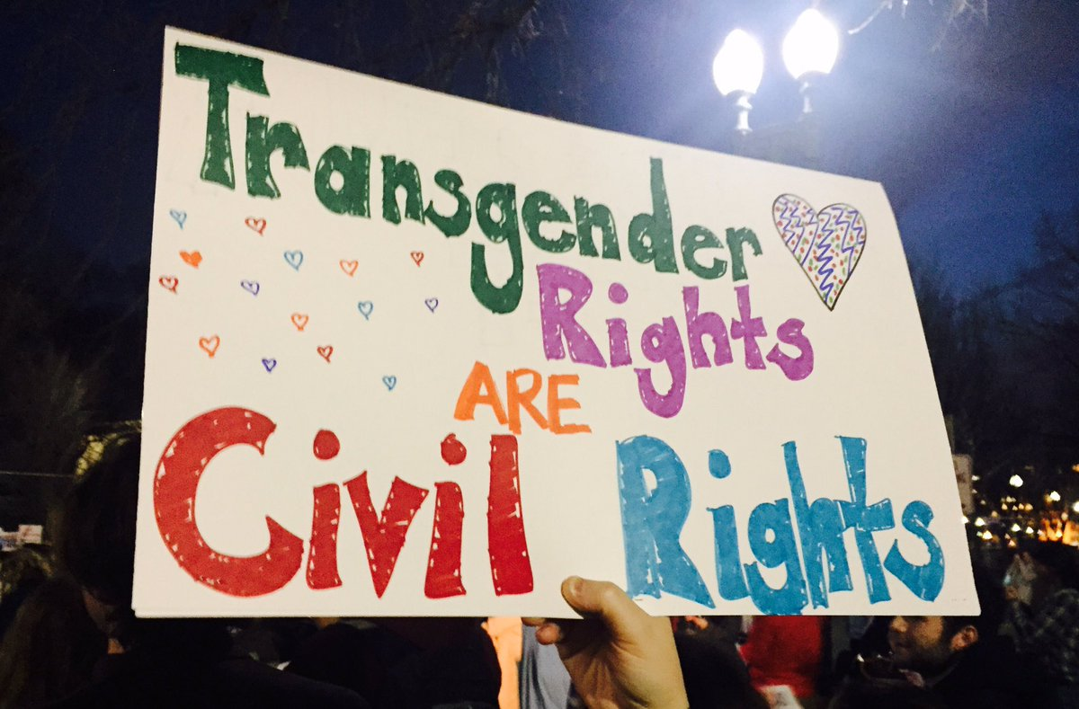 No hate. No fear. Trans students are welcome here. #ProtectTransKids #StandWithGavin https://t.co/Kw8yBwKoL1