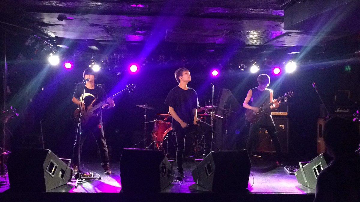 昨日はPRISE SEIZE の初ライブ‼︎ よかったです‼︎(*´∀`*) これからも頑張ってね♪  #PRISE SEIZE <br>http://pic.twitter.com/WSzXWtHRTk