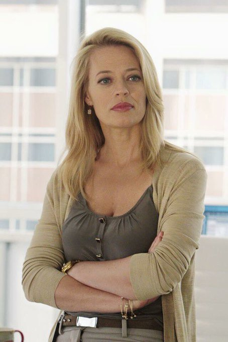 Happy birthday Jeri Ryan!