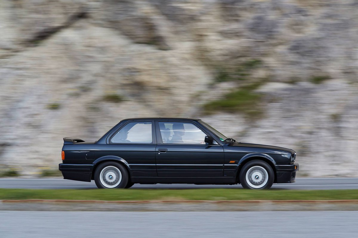 Classy look for a real classic. #TBT to the 1986 BMW 3 Series.
