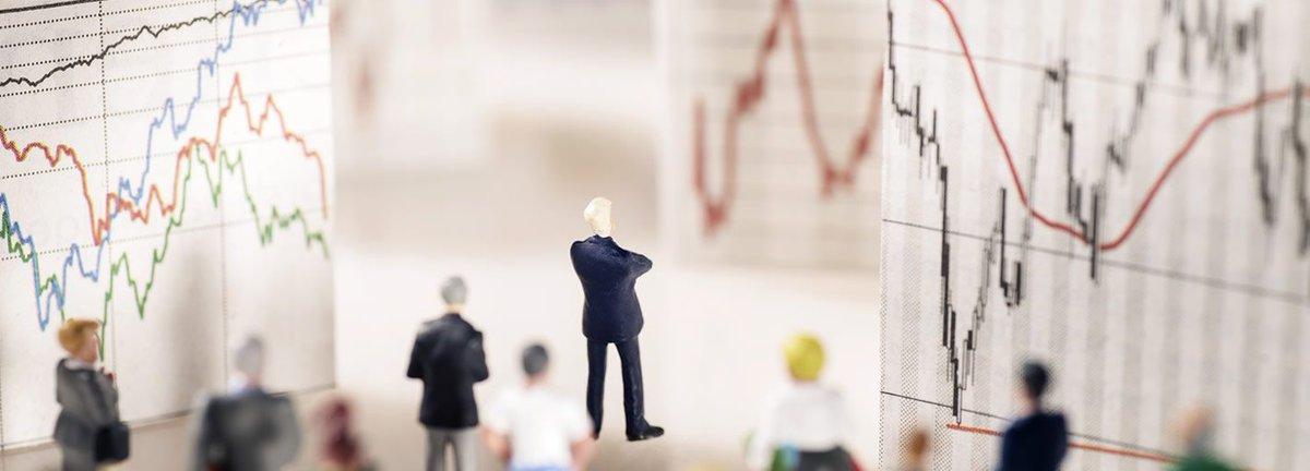 #Taux : la fin d'une hausse du #dollar ? (du moins contre l'#euro) Guy Wagner (Banque de Luxembourg)  https://www. blinvestmentsblog.com/fr/bank/blinve stmentsblog/-/investment-strategy &nbsp; … <br>http://pic.twitter.com/xnYMeTc6QU