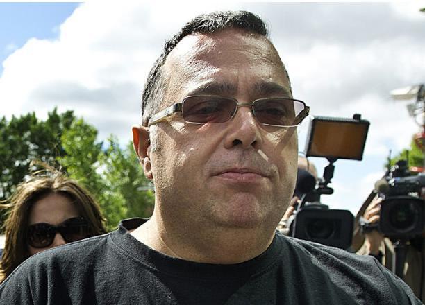Luigi Coretti met Coullard au défi de venir discuter de BCIA, et de ses liens avec le PLQ #polqc #assnat   http:// bit.ly/2lOAAZ6  &nbsp;  <br>http://pic.twitter.com/yDeZlgu0uG