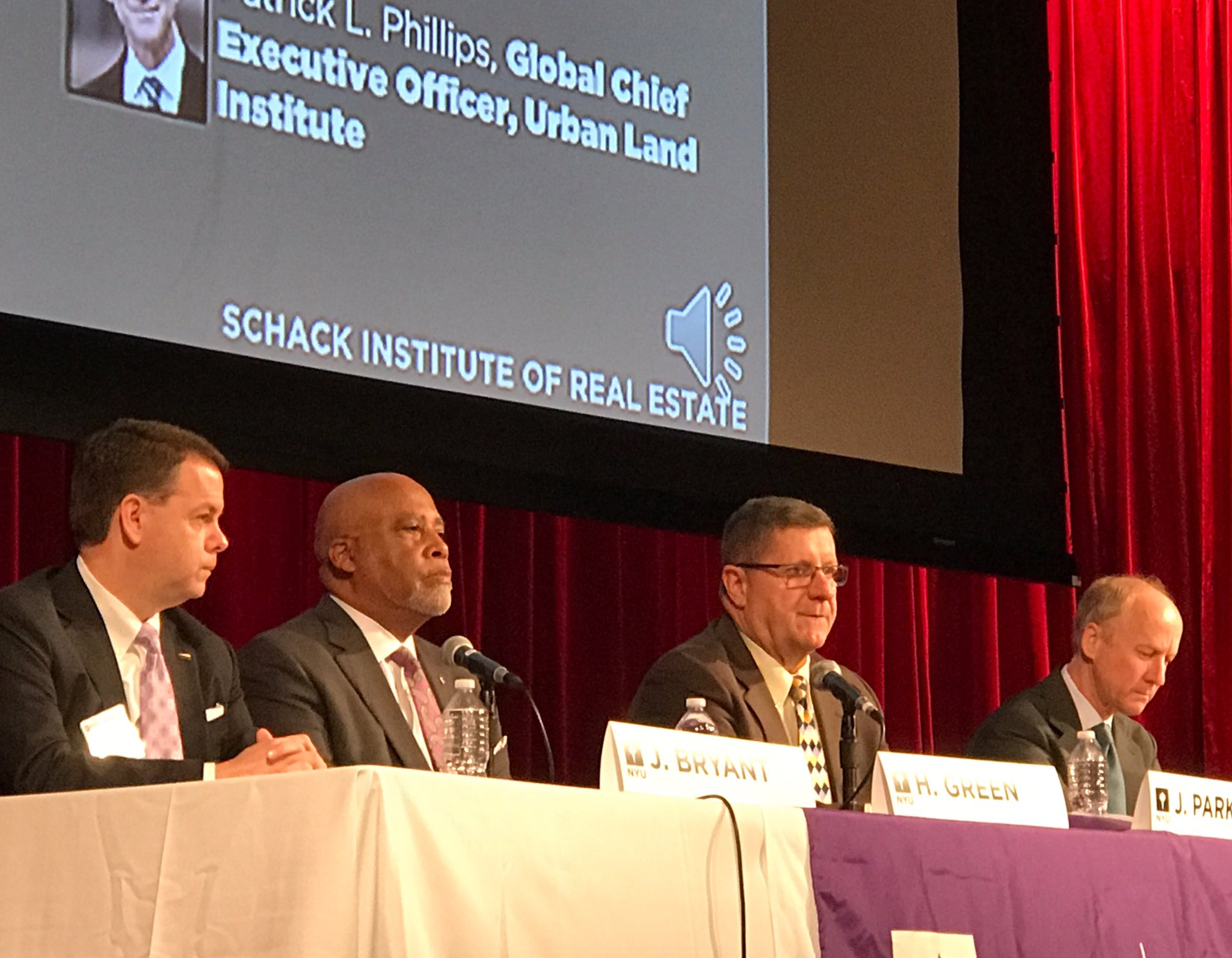 Bryant (@BOMAIntl), Green (NIBS), & Parkinson (AIAA), join @UrbanLandInst's @PLPhillips at @NYUSchack #Sustainability Conf #NYUSBE https://t.co/lTch8aYw7u