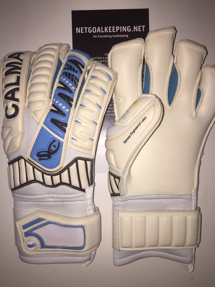 Another pair of @CalmaGK Agua on the way to Havant, UK! Get your pair of Calma Gloves now  http:// netgoalkeeping.net  &nbsp;   #calma <br>http://pic.twitter.com/eGQgZ1h6WM
