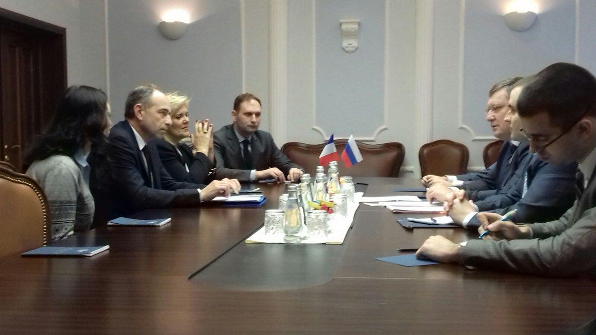 #Moscou avec le ministre Igor Zubov. La coopération franco-russe est vitale contre le terrorisme ! <br>http://pic.twitter.com/0CuQ58ene7