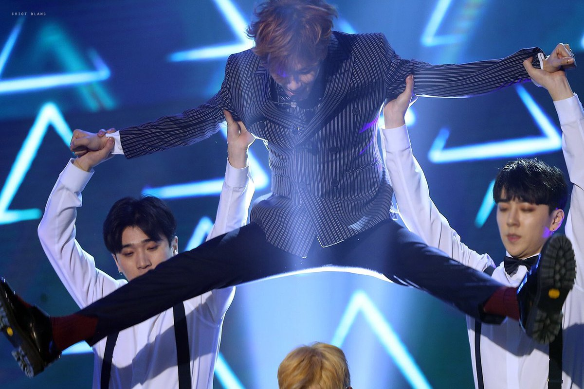 i love this picture of baek giving birth to xiumin