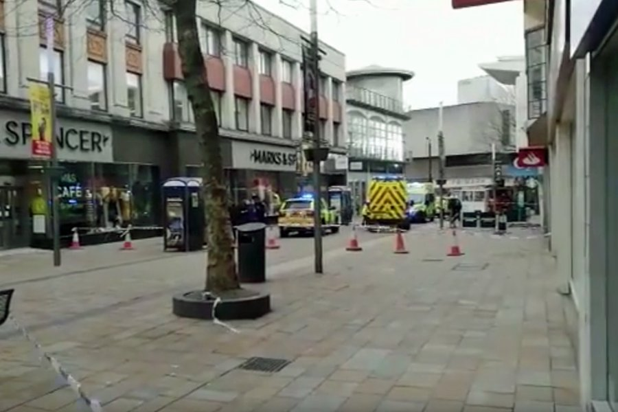 Breaking News: Woman killed in Wolverhampton city centre in #stormdoris incident. https://t.co/gpswXkV9QV