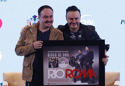 Muchas felicidades amigos @RioRomamx por su #DiscoDeOro 'Eres la perso...