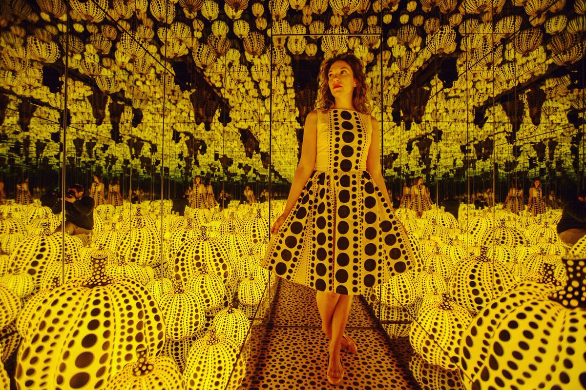 Digital Art, Illuminated Pumpkins in an Infinity Room