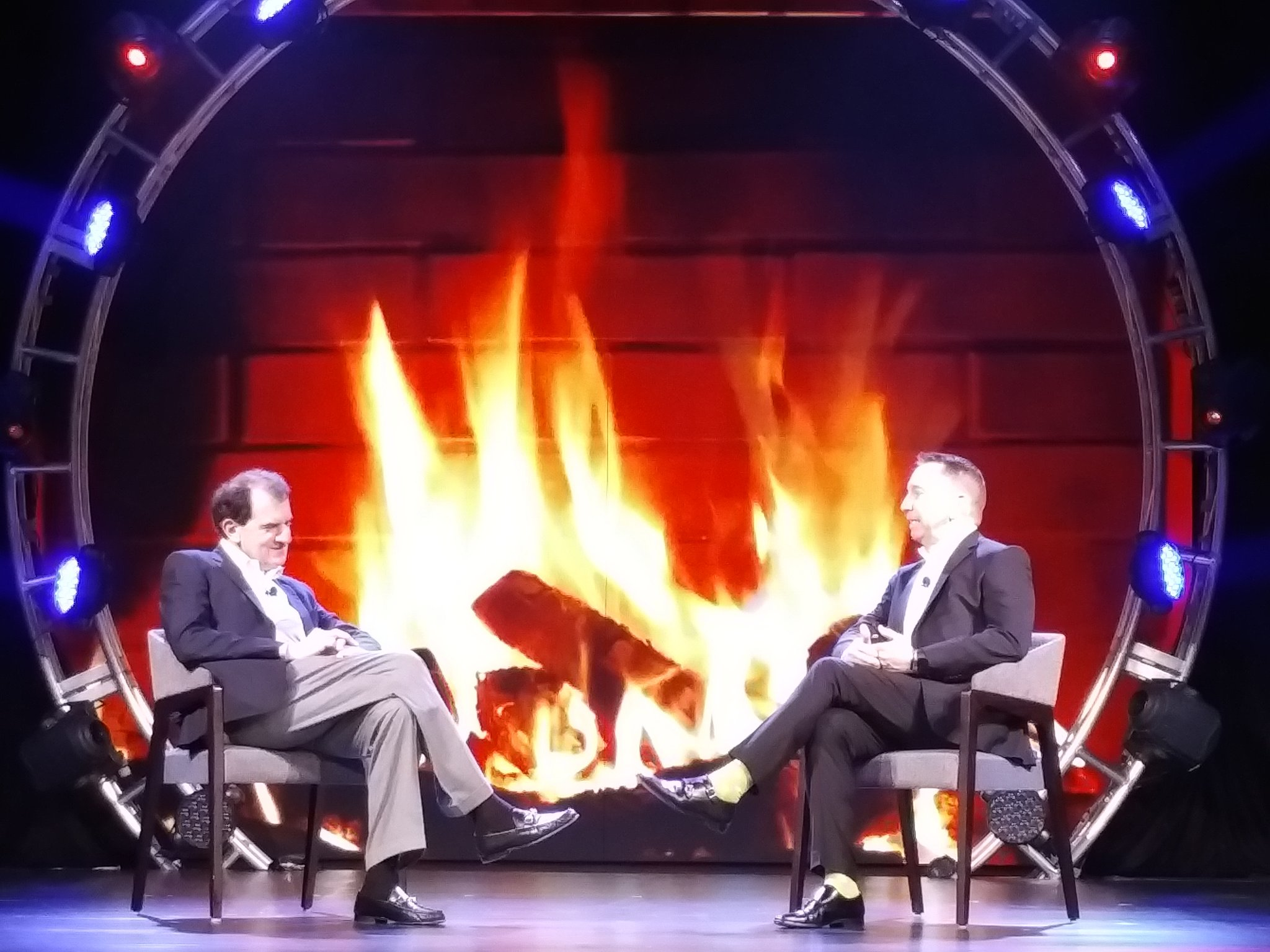 Next up - A chat between Douglas and Corbin on the power of the channel. #MonsterFireSideChat #CenturyLinkAscend https://t.co/JlIlDE6nHb