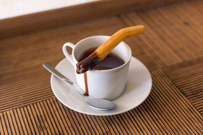 Spanish hot chocolate (Chocolate a la taza)