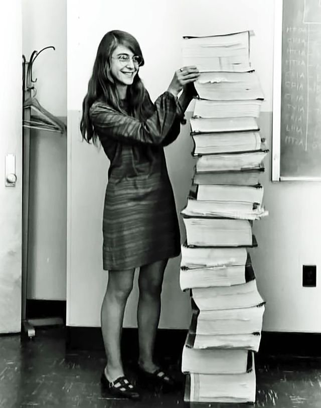 Are you a female who thought about doing engineering but decided against it? Why? What can the science community do better? #ScienceMarch https://t.co/2Hzv2VqvRM