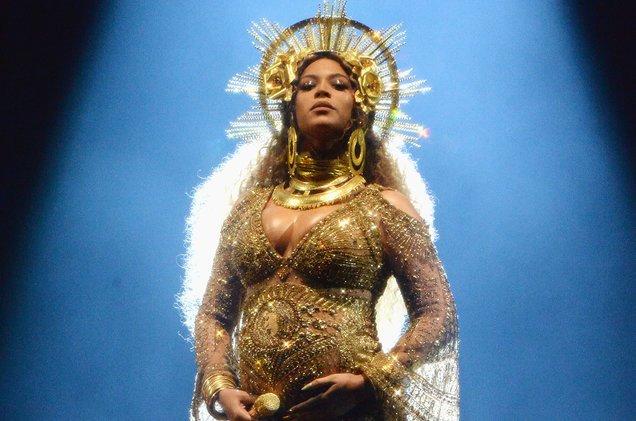 Beyonce cancels 2017 #Coachella performance https://t.co/vQFxv7PPsJ ht...