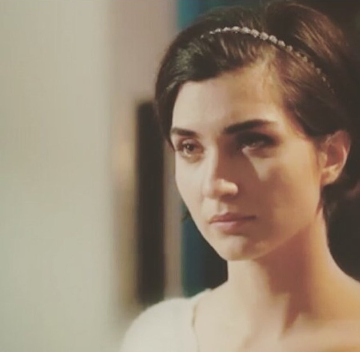 #zamanıgeldi Tuba for me is superb in acting. You can really see in her eyes the emotions that he want to convey.. <br>http://pic.twitter.com/P0siJlVMRY